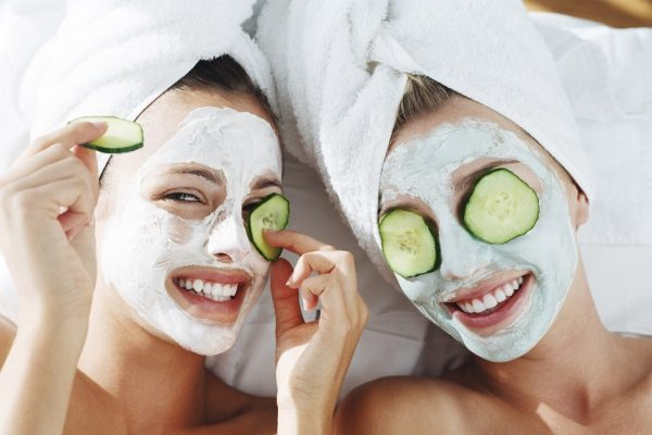 6 Homemade Facials Masks for Healthier, Younger Looking Skin