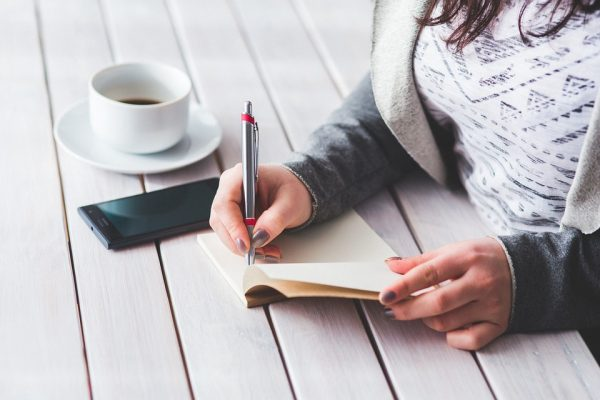 Step-By-Step Guide To Starting A Lifestyle Story Writing